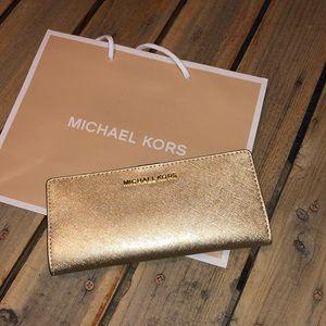 Micheal Kors Jet Set Slim Bifold Wallet